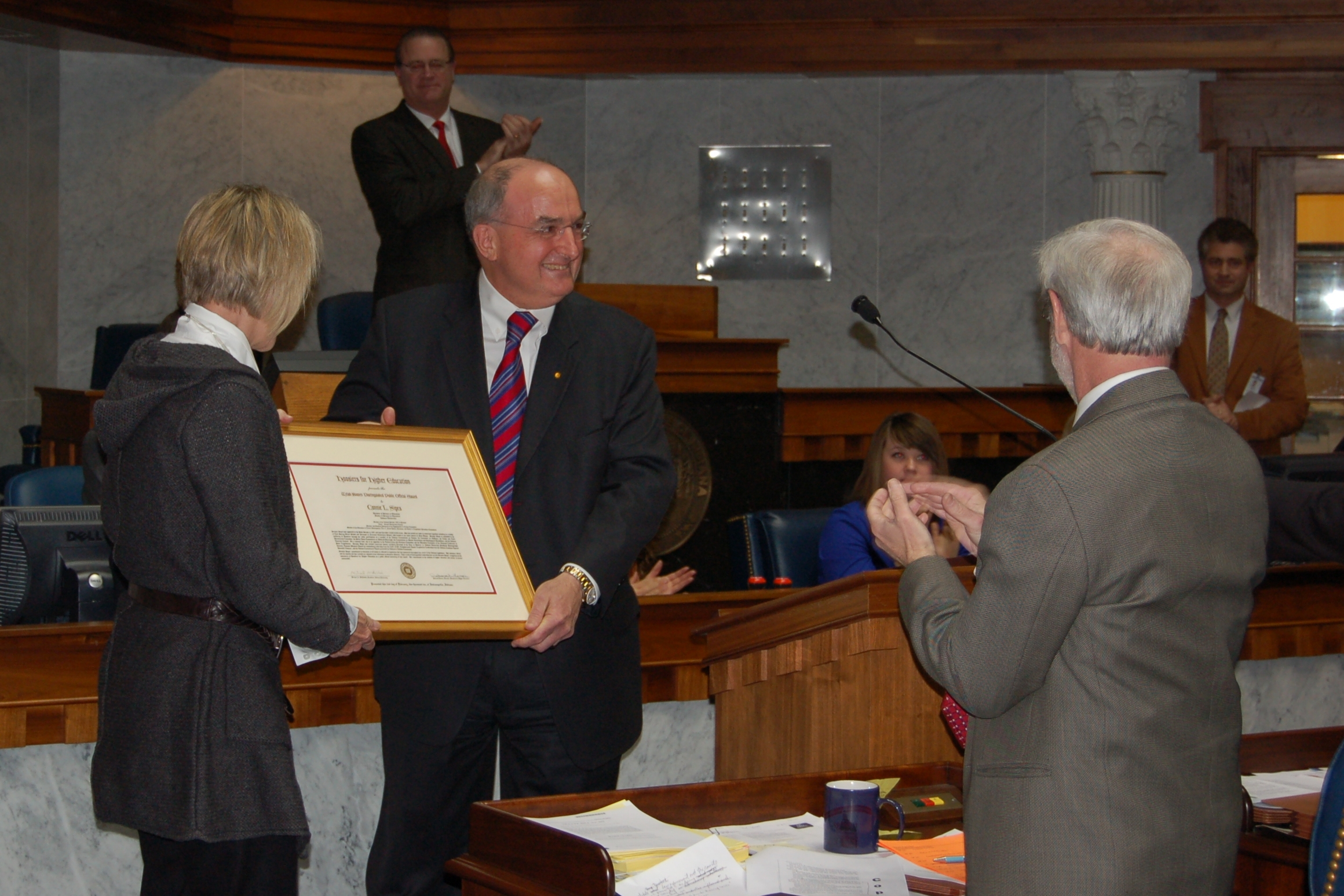 Senator Connie Sipes receives Hoosiers for Higher Education Welsh-Bowen Award