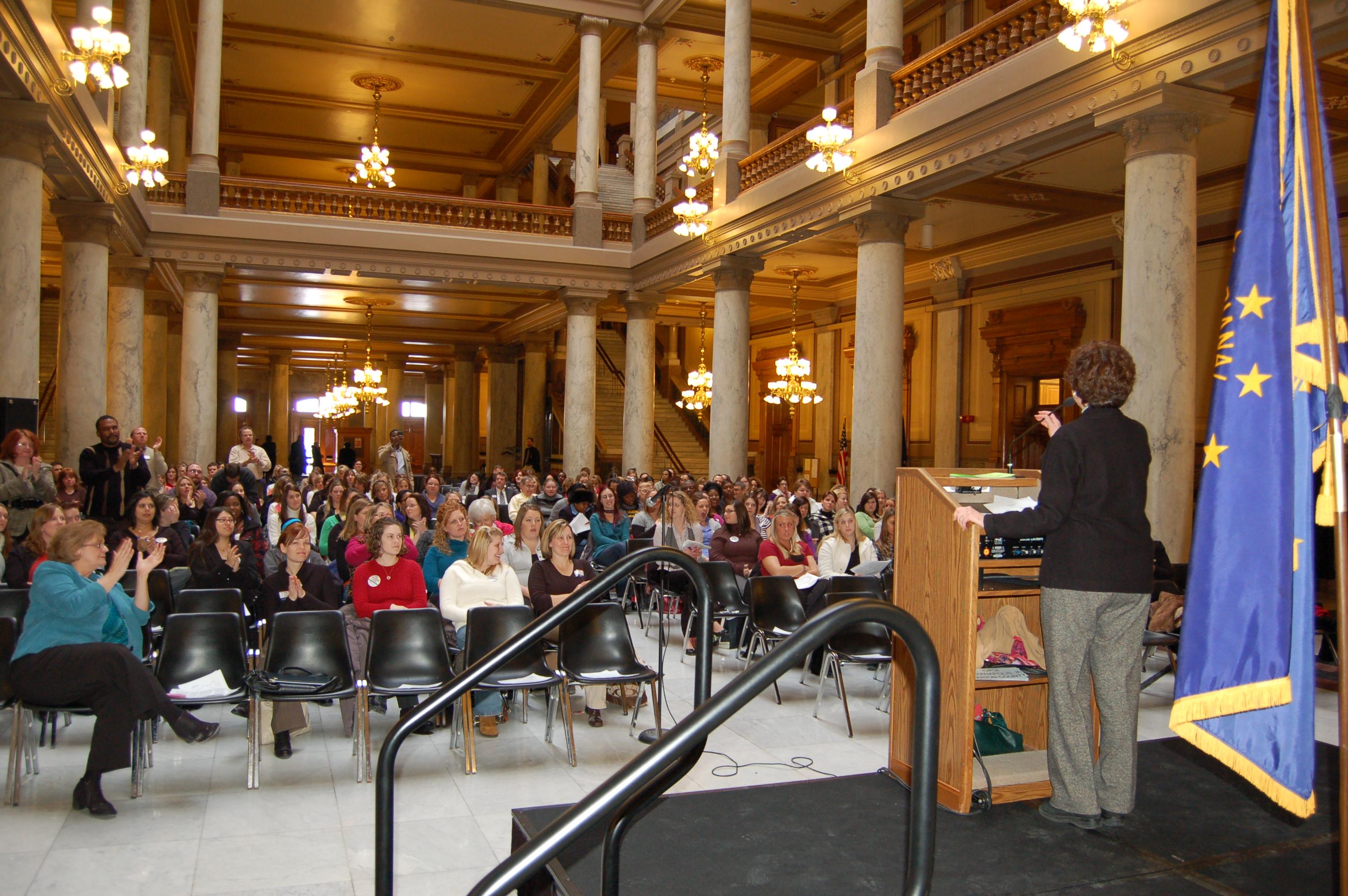 Senator Simpson addresses students at the Statehouse.
