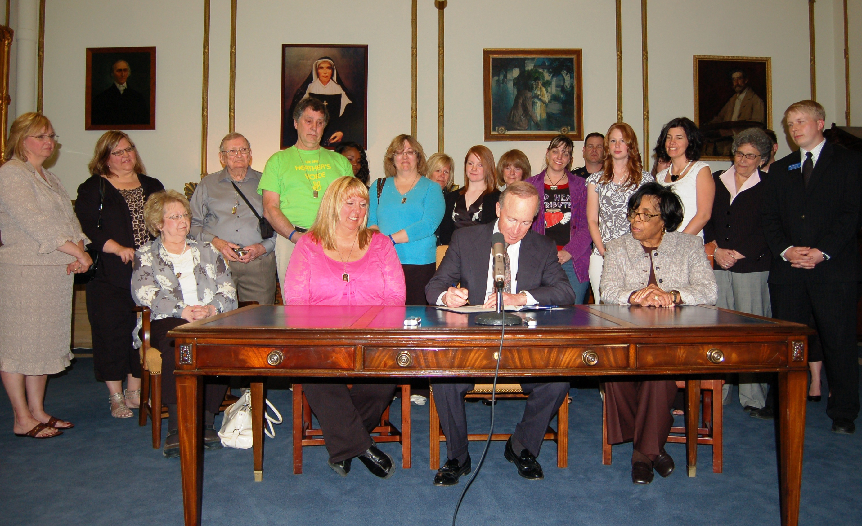 "Governor Daniels signs ""Heather's Law"""